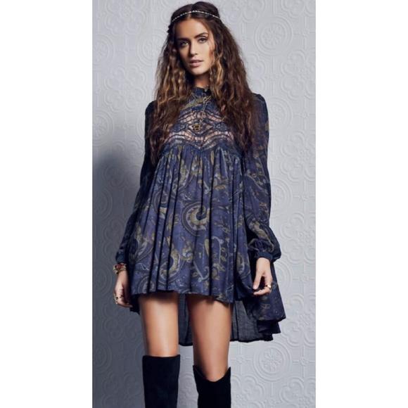 Free People Dresses & Skirts - Free People Paisley & Crochet Tunic Dress